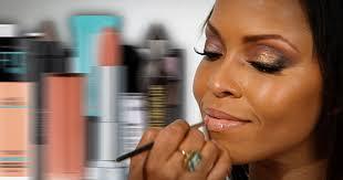 program giving away free makeup sles