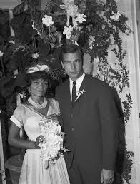 Singer/Actress Eartha Kitt married John William McDonald, an associate of a  real estate investment company, on June 6, 19… | Eartha kitt, Eartha,  Celebrity weddings