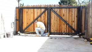 The 5 Best Automatic Gate Fence Openers Ranked Product Reviews And Ratings
