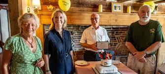 Liz Truss MP pops in for tea at The Fox Inn