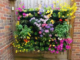 pai play easy vertical garden