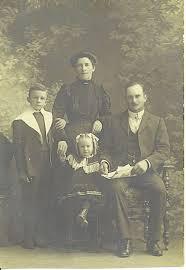 Sydney & Rose Abigail, George Sydney and Nellie.1907