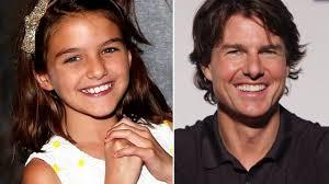 Tom Cruise shock, l'attore rifiuta la figlia Suri: