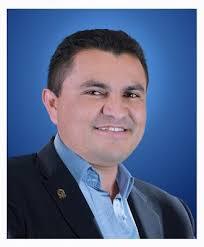 Vice-Prefeito de Santana do Cariri oficializa seu pedido de ...