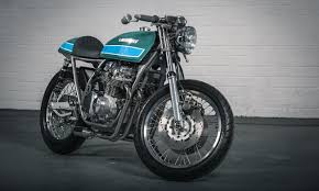 this kawasaki kz750 is the cleanest