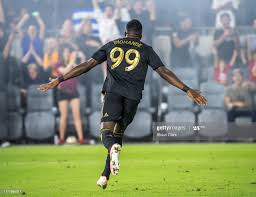 Adama Diomande of Los Angeles FC celebrates his first goal during the...  Photo d'actualité - Getty Images