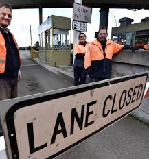 Midnight end of road for Route K toll operators - NZ Herald