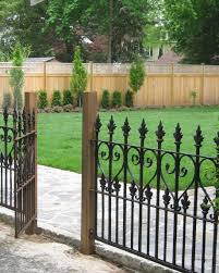 Garden Designer S Bloglink 5 Regional Ideas Iron Fence Panels Fence Design Black Garden Fence