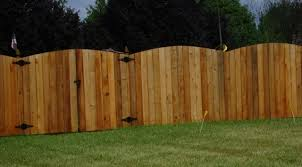Wood Fencing In Cincinnati Oh And Northern Kentucky Mills Fence