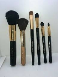 6 pack of orted makeup brushes