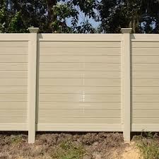 Horizontal Multi Vertigrain Vinyl Privacy Fence