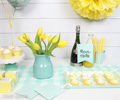 gender neutral baby shower decor with