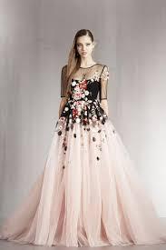 صور فساتين اخر موديل فستان مناسبات و لا اروع عجيب وغريب