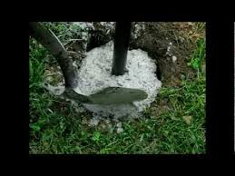 6 Installing Cement Footings Deer Fence Concrete Posts Fence