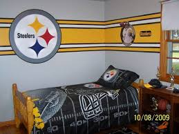Taped Off Steelers Lines Steelers Bedroom Kids Bedroom Paint Boys Football Bedroom