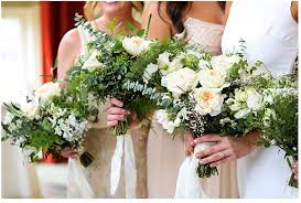 budgeting for wedding flowers