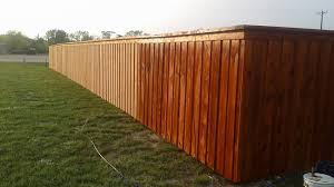 3 Options To Give Cedar Fencing Different Looks With Custom Stains And Sealants Philip S Fences