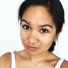 stories of no makeup shaming which