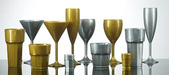 reusable plastic glasses and jugs