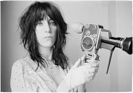 Linn photos of singer Patti Smith and friends weaves narrative of ...