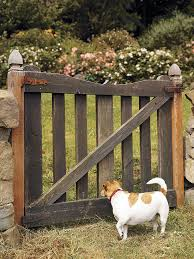 how to make a garden gate out of wood