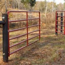 How To Hang A Farm Gate Fence Farm Gate Farm Gates Entrance Farm Fence