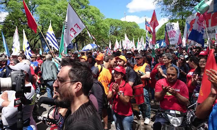 Resultado de imagem para uruguai sindicatos