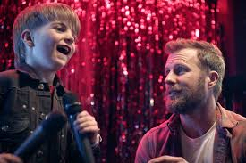 Dierks Bentley Casts 5-Year-Old Son Knox in 'Living' Music Video ...
