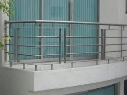 Pin By Luisita Pamela Uba Corrales On R Railing Design Balcony Grill Design Balcony Railing Design