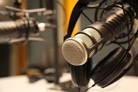 Radios nacionales de paro y con pedido de aumento salarial