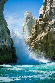 hd wallpaper seawaves through rocks