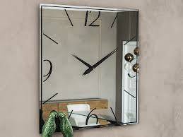 ideas to decorate with mirror wall clock
