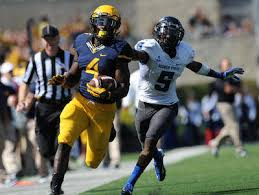 Former WVU star, 'consummate pro' Wendell Smallwood an add to Steelers' RB  room | TribLIVE.com