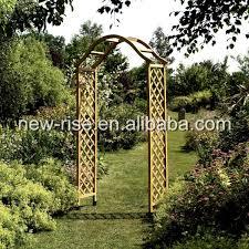 garden wooden arch
