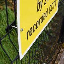 Chainlink Fence Mounting Bracket Dsigns