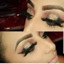 professional makeup artist in s