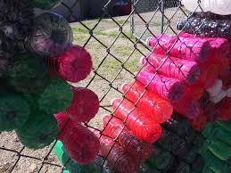 Windsor Residents Decorate Chain Link Fence Using Plastic Water Bottles