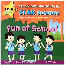 Sách - Tập Đọc Tiếng Anh Cho Trẻ Em - Star Readers - Book 5: At School  (Song ngữ Việt - Anh)