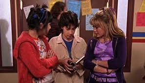 Lizzie McGuire' brings back another familiar face for Disney+ reboot