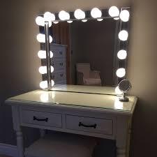 elizibeth hollywood vanity mirror