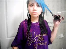 how i d my blue hair to black