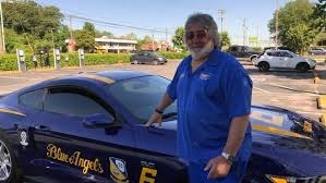 Kuss Memorial Man Drives Blue Angels Car 3 000 Miles To Memorial Ceremony