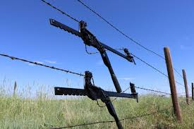 Use A Barbed Wire Fence Stretcher