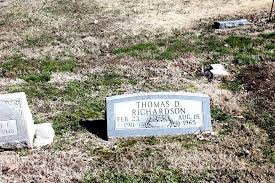 Thomas Delmus Richardson (1911-1965) - Find A Grave Memorial