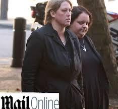 Picchiano con un martello la figlia di 16 anni, condannate due ...