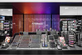 mac cosmetics continues expansion