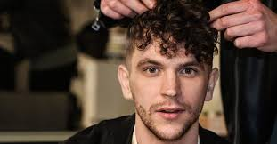 curly hair men s hairstyle