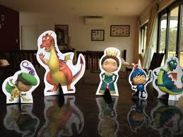 Characters For The Table Mike The Knight Party Decoracion De Unas