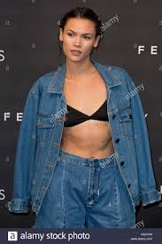 Sinead Harnett arrives at the Fenty Beauty by Rihanna launch party at Stock  Photo - Alamy
