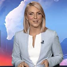 """Melissa Russell on Twitter: """"#NEWSBREAK A 18 yr old man charged after  allegedly stabbing a woman in the chest in #Kirwan. Full details  @WINNews_TVL 6pm #Townsville #WINNews6pm… https://t.co/oMafNrALY4"""""""